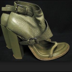 Alexander Wang Suvi Green Leather Sandals Sz 9